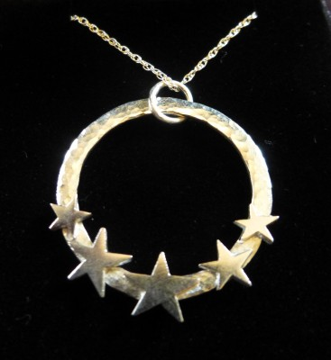 Item 23 Silver star hoop necklace