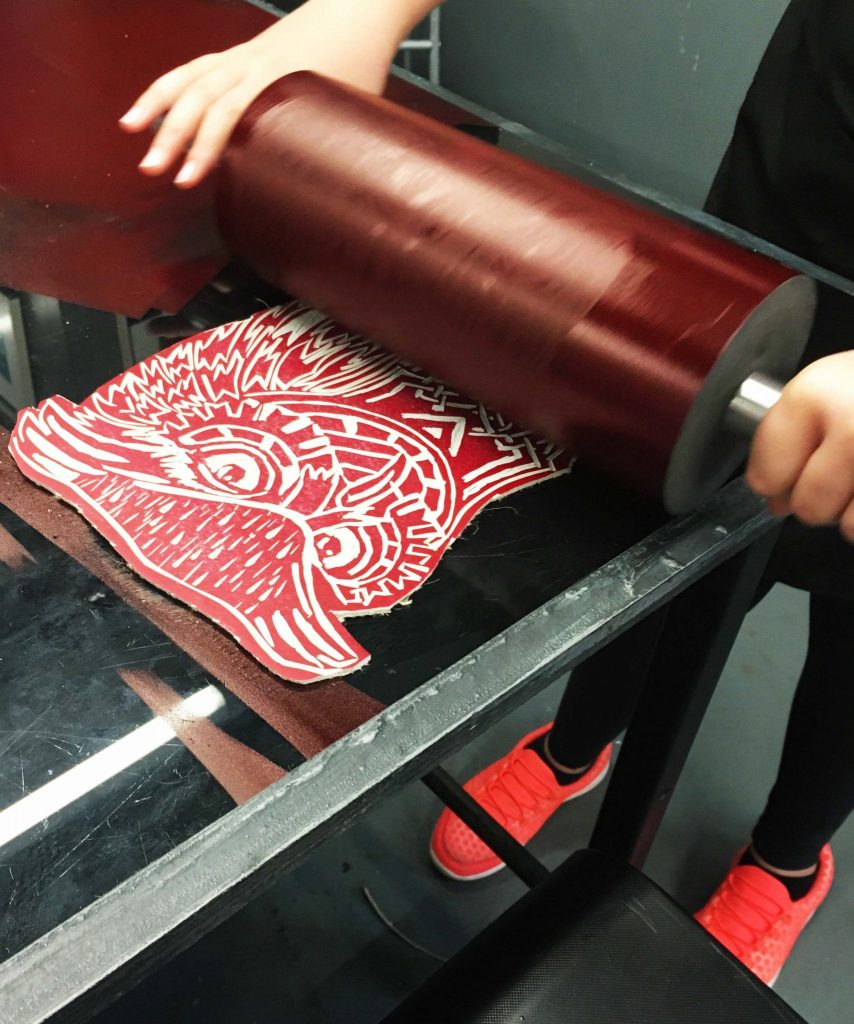 lino been inked up with spindel roller